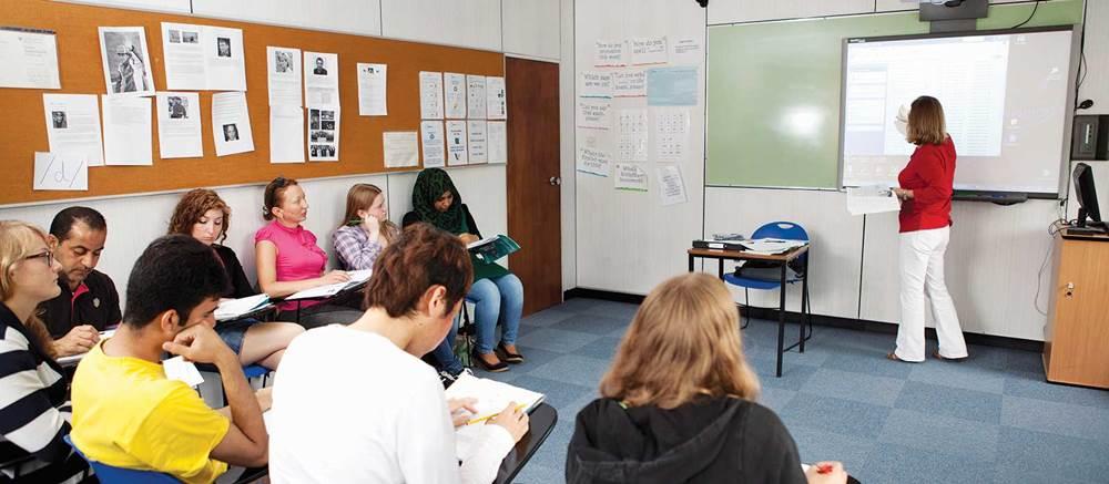 เรียนภาษาที่ บอร์นมัธ  โรงเรียนภาษาใหญ่ที่สุดในอังกฤษ