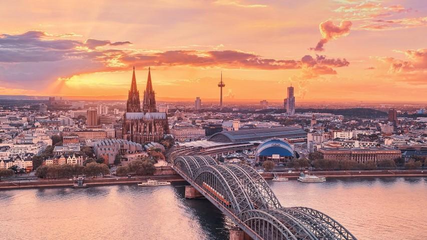 ข้อมูลเรียนต่อเยอรมนี   เรียนต่อ ปริญญา ตรี -โท เยอรมัน