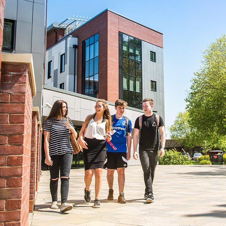 University Of Hull   มหาวิทยาลัยฮัลล์